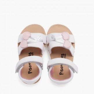 Sandalo in pelle con cinturino aderente e suola in ciliegio paffuto Bianco