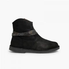 Stivali bassi con dettaglio Effetto Serpente Nero