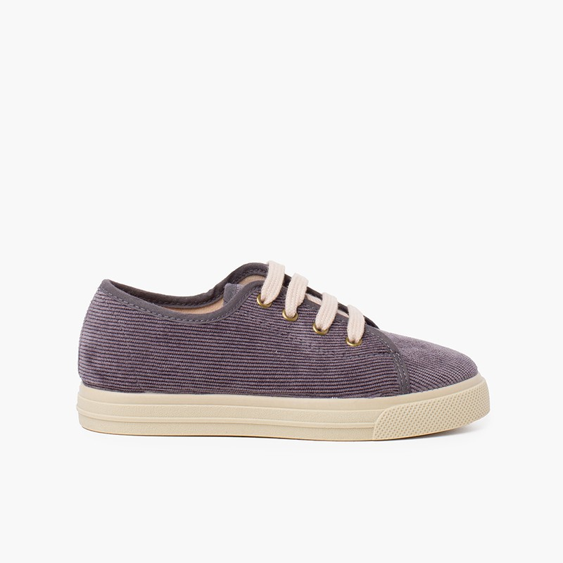Sneakers in velluto a coste con suola larga