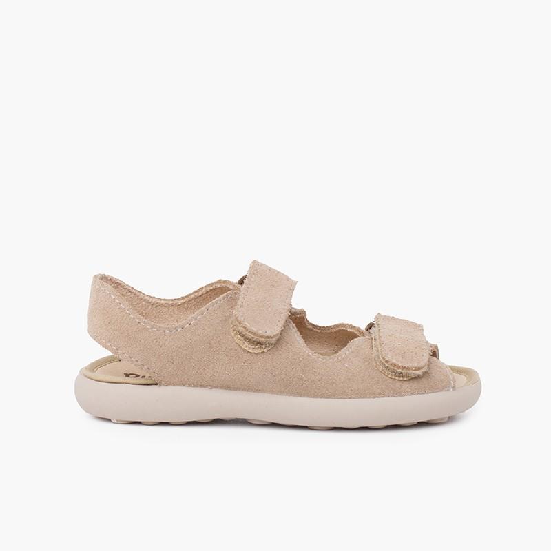 Sandali in crosta di cuoio con fasce frontali aderenti