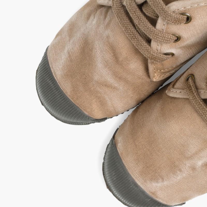 Scarponcini bambino con lacci inverno
