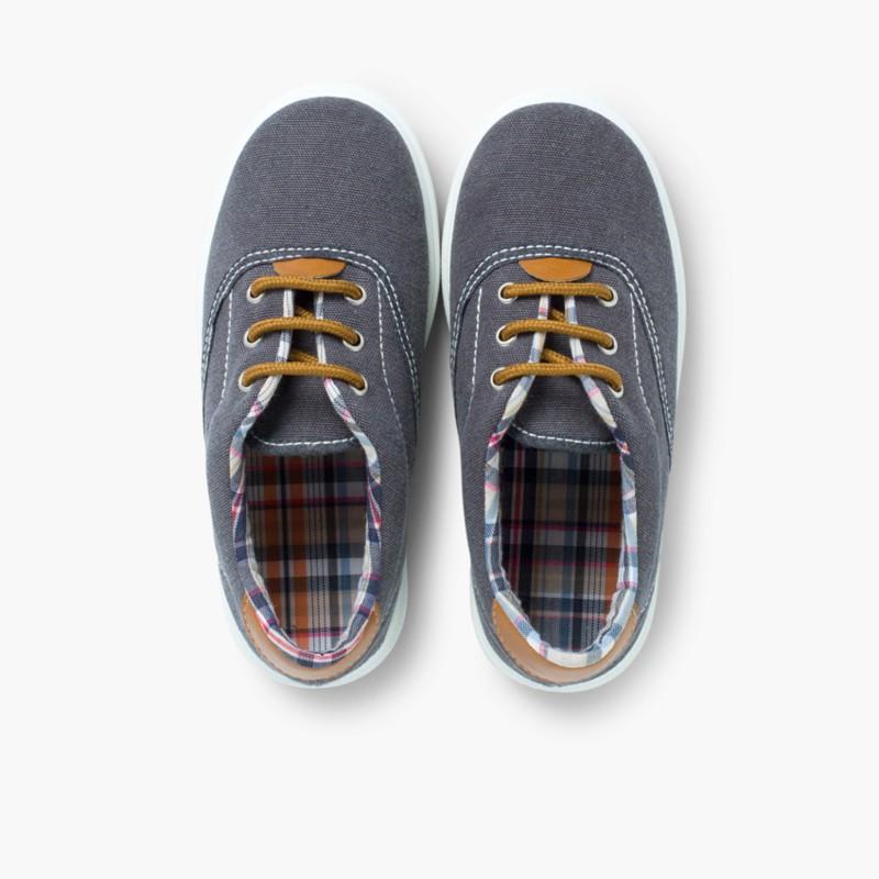 Scarpe contrasto di tela e lacci