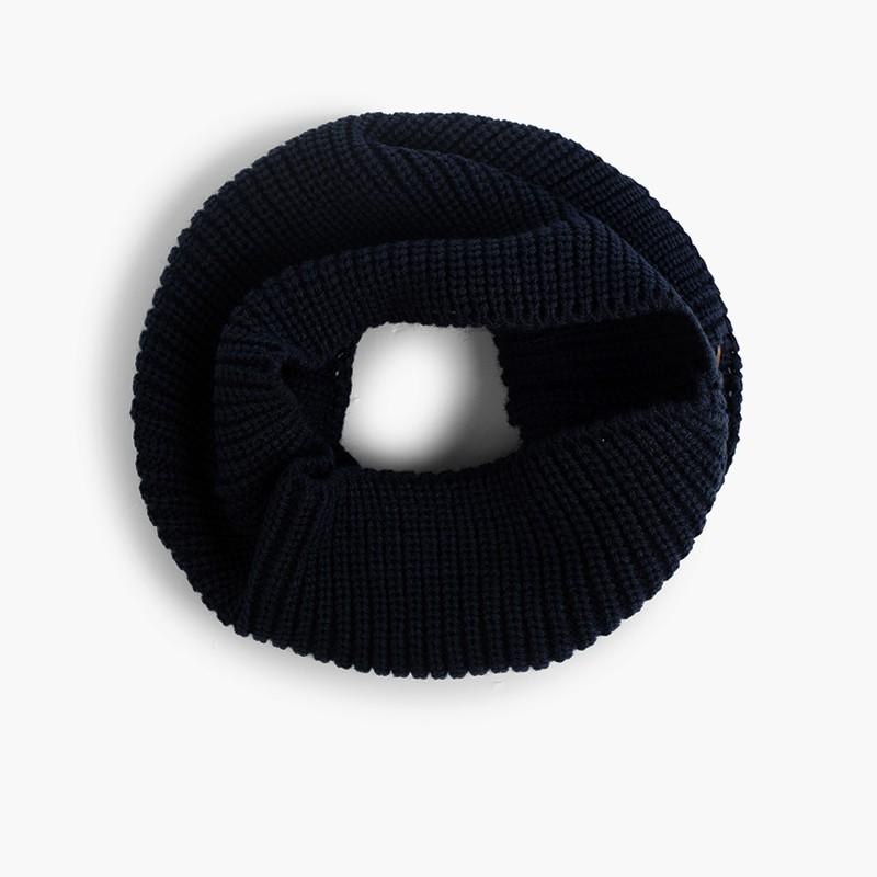 Sciarpa circolare di maglia