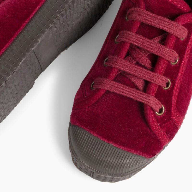 Scarpe velluto con lacci