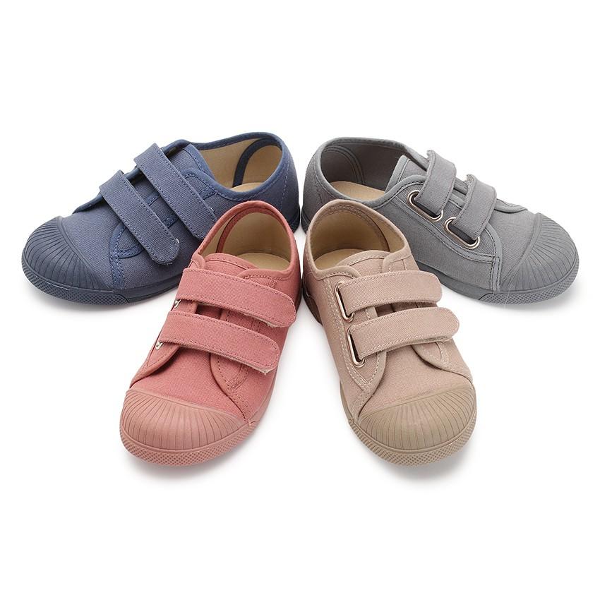 Sneakers tela punta di gomma due velcri
